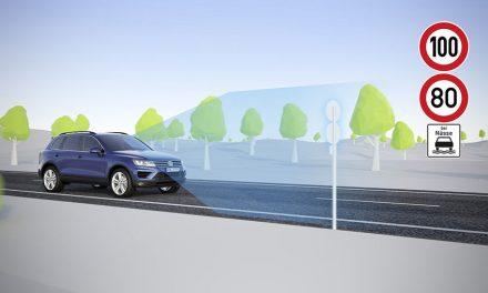 Jak funguje asistent pro rozpoznávání dopravního značení od VW?